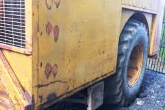 Right rear tipping trailer